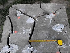 Concrete_Block_Crack.bmp